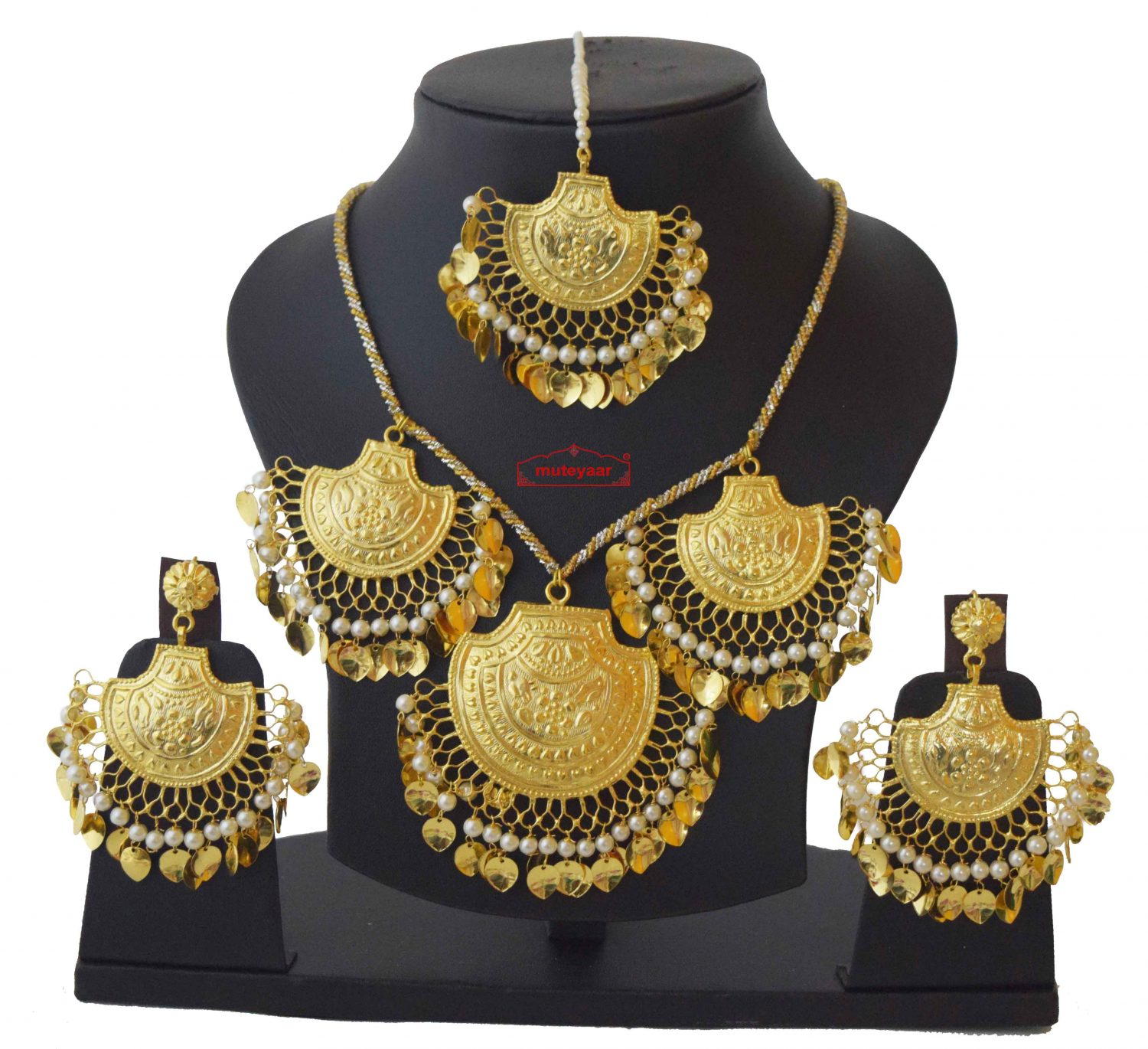 Real Gold Plated Necklace Earrings set with matching Tikka J0120 1