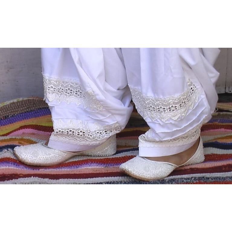 Patiala Salwar with Broad Lace - direct from Patiala City !!