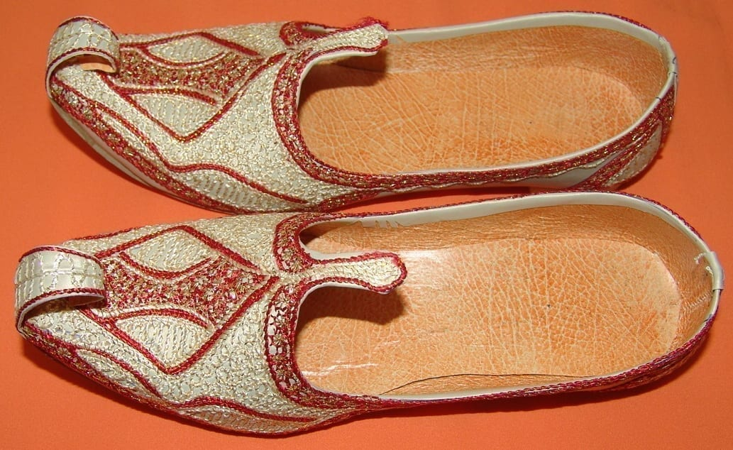 Desi Hand Made Embroidered Wedding Groom Achkan Sherwani Jutti Shoes ACJ01 3