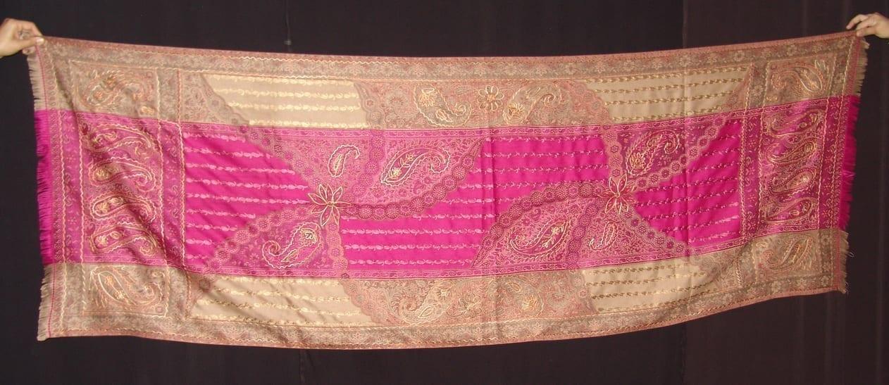 magenta thread embroidered Cashmere Stole C0233 2