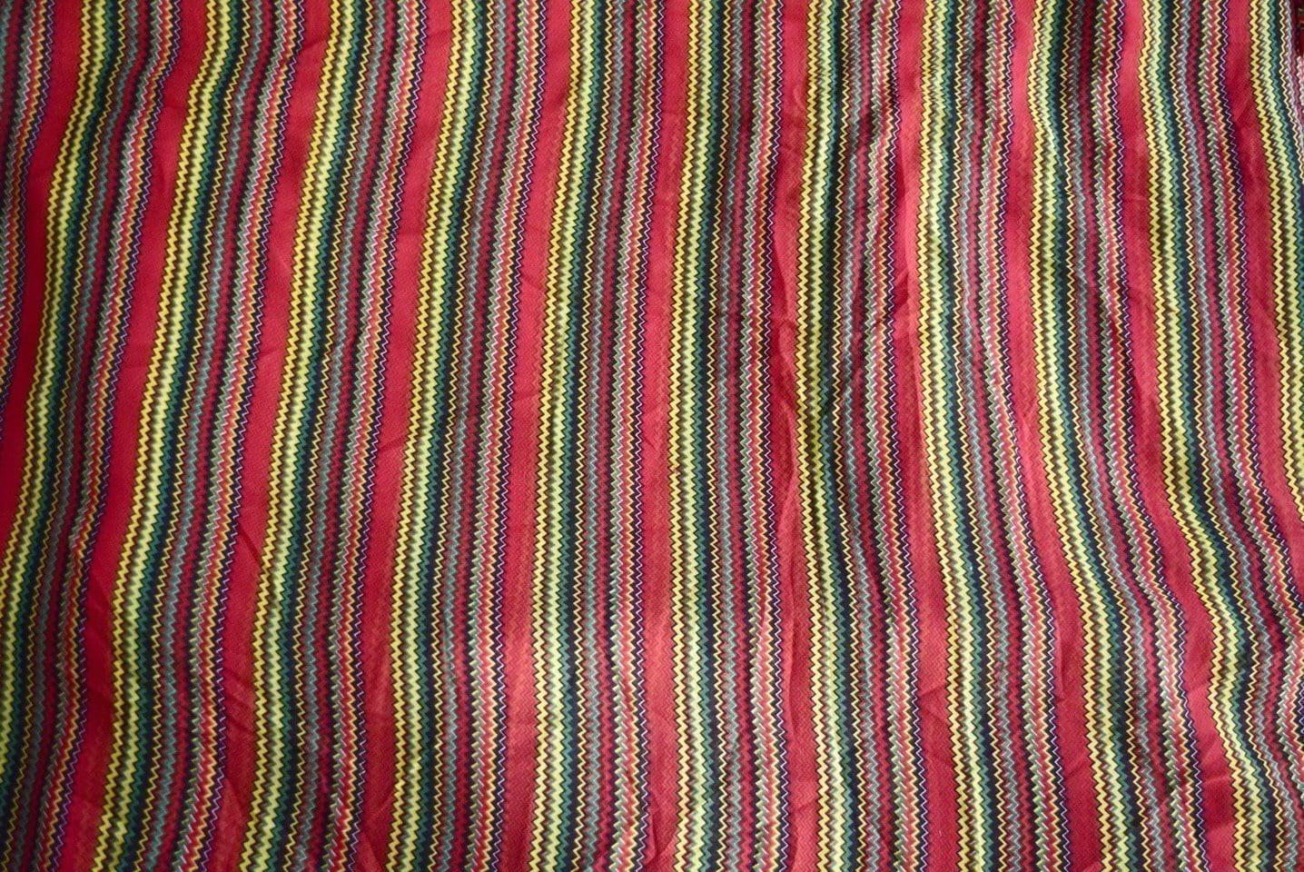 GEORGETTE PRINTED fabric for Kurti, Saree, Salwar, Dupatta GF029 2
