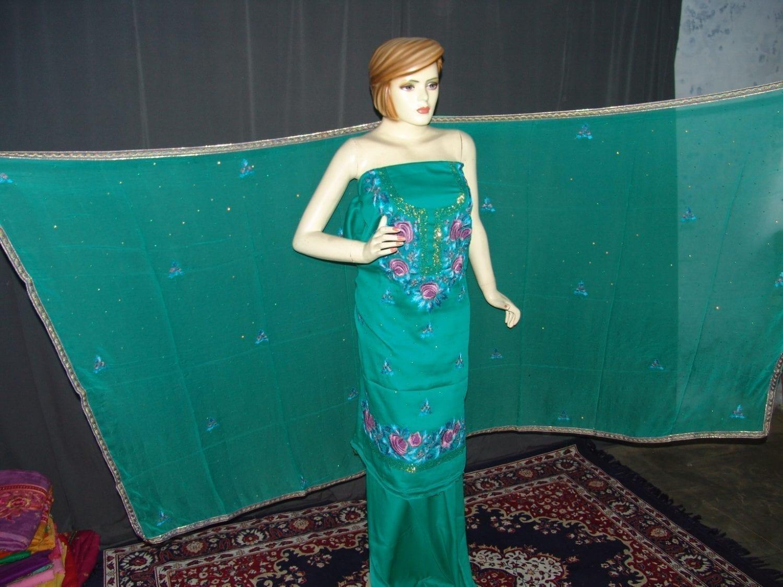 Hand Embroidered Fine Cotton Suit Half Pure Chunni H0113 3