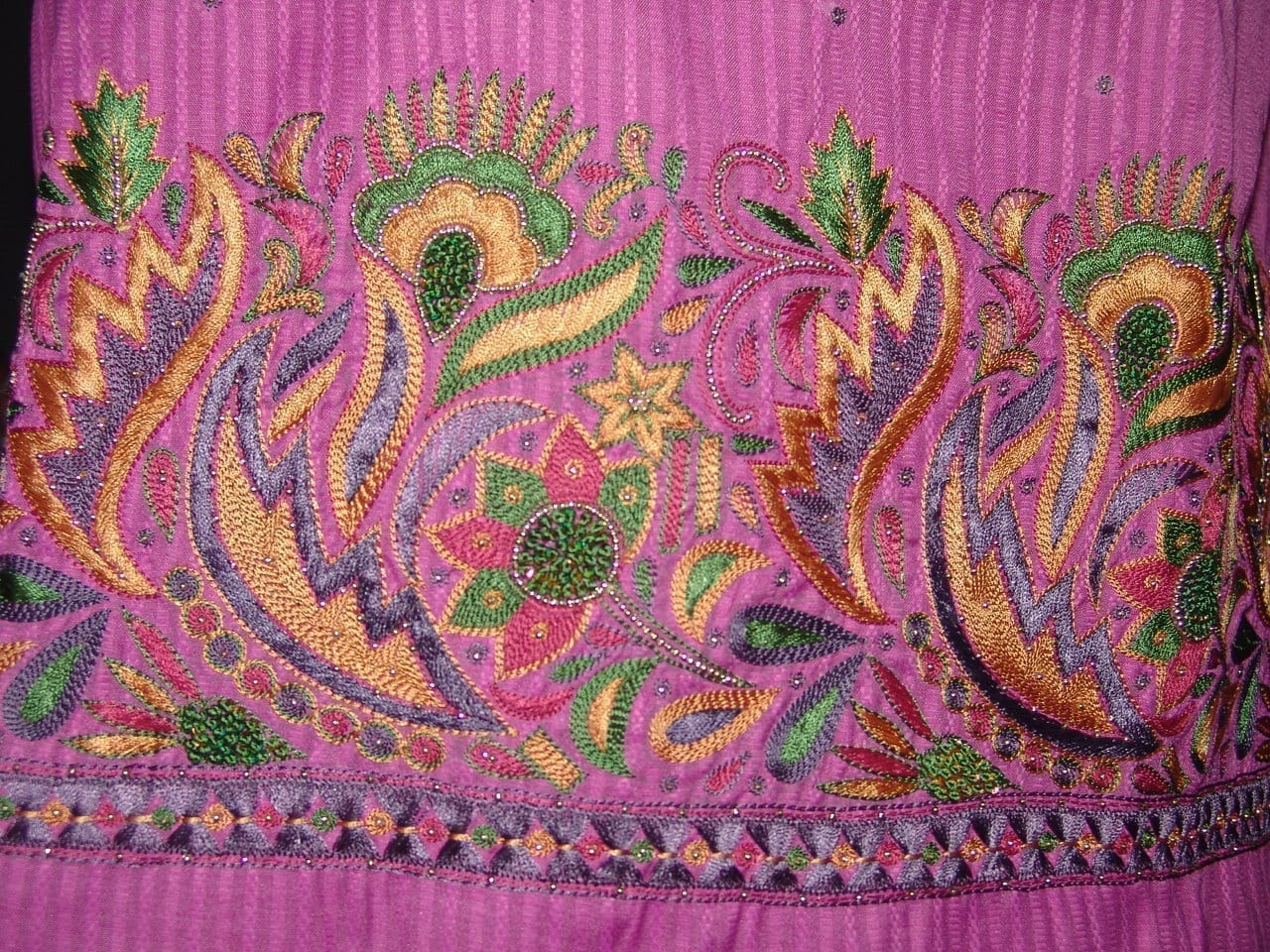 Self Print Cotton Party Wear Hand Embroidered Suit H0128 3