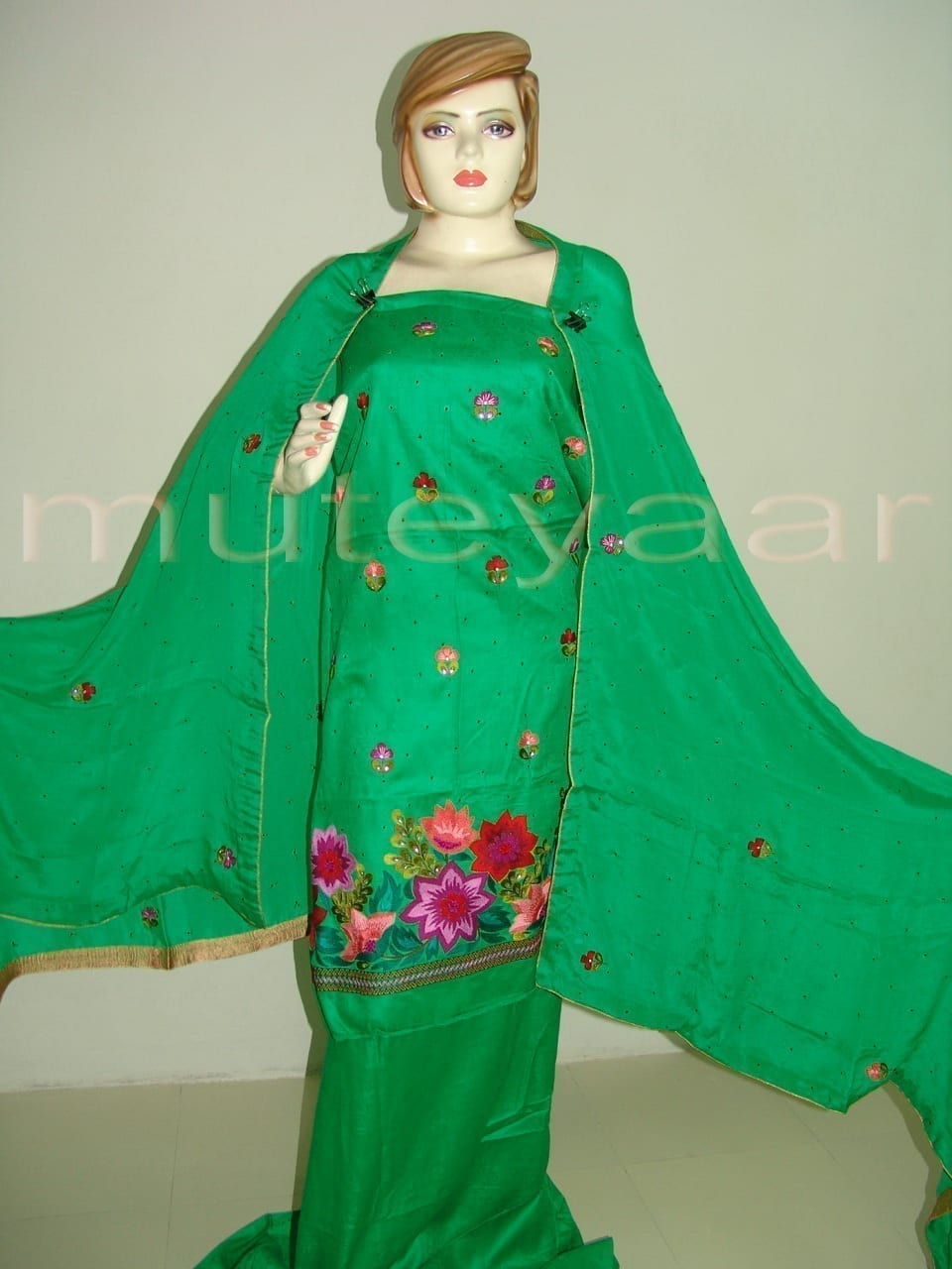 Green Self Cotton Hand Embroidered Suit PURE CHINON Chunni H0161 1