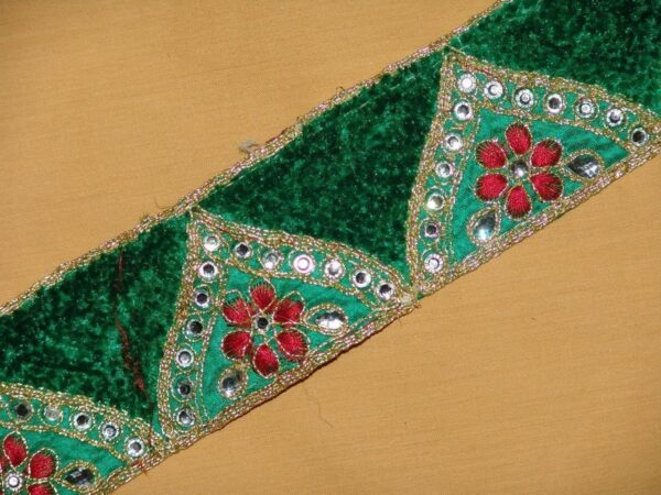 Zircons Embroidered velvet shaneel Lace LC012 (per meter price)