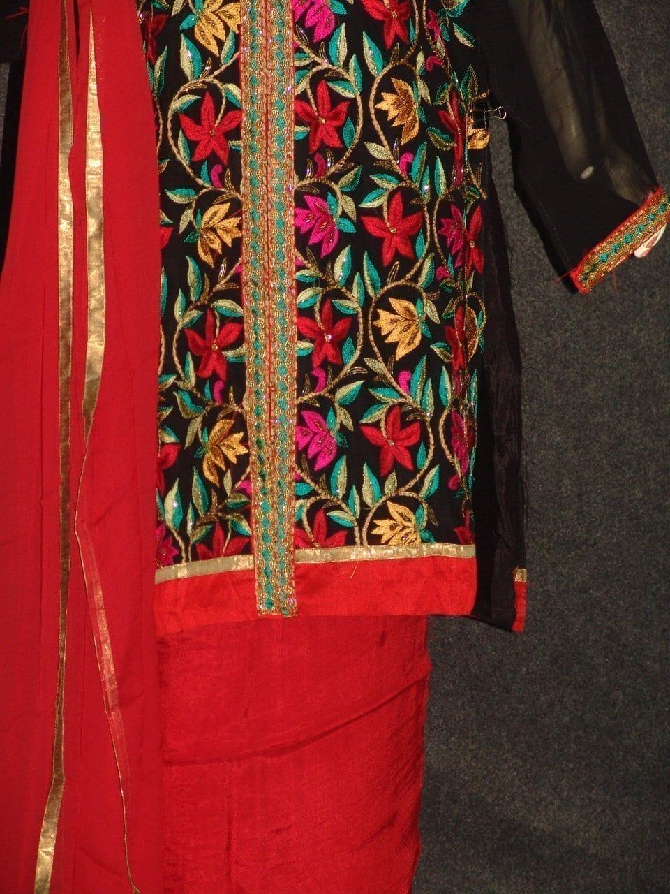 Pakistani ACHKAN style Georgette Embr. Pajami Suit M0308 3