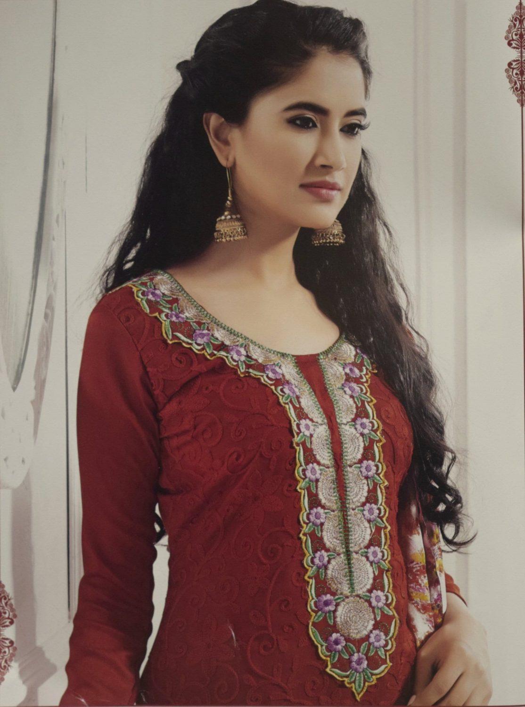 Pakistani style Embroidered Spun Cotswool Pajami Suit Chiffon Dupatta M0315