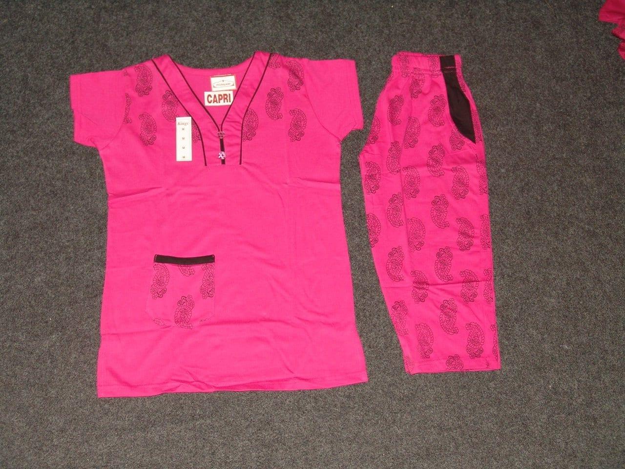 Cotton Soft fabric Ladies CAPRI Night Suit with Pocket NS099 1