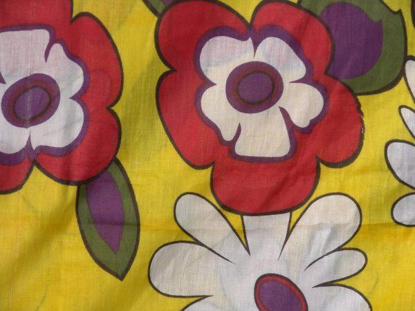 100% PURE Soft COTTON PRINTED fabric (per meter price)  PC095