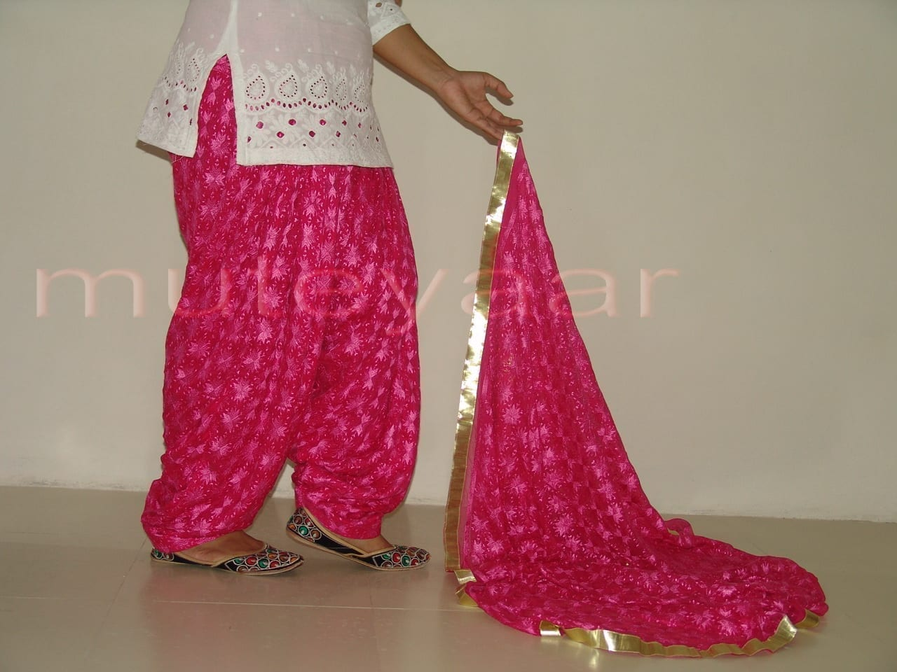 Hot Pink Magenta PHULKARI Patiala Salwar with matching Dupatta PHS01 2