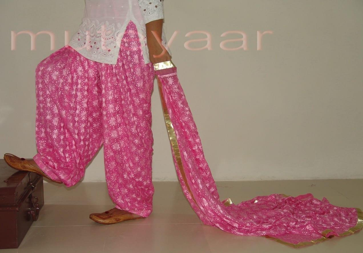 Embroidered PHULKARI Patiala Salwar with matching Dupatta PHS04 1