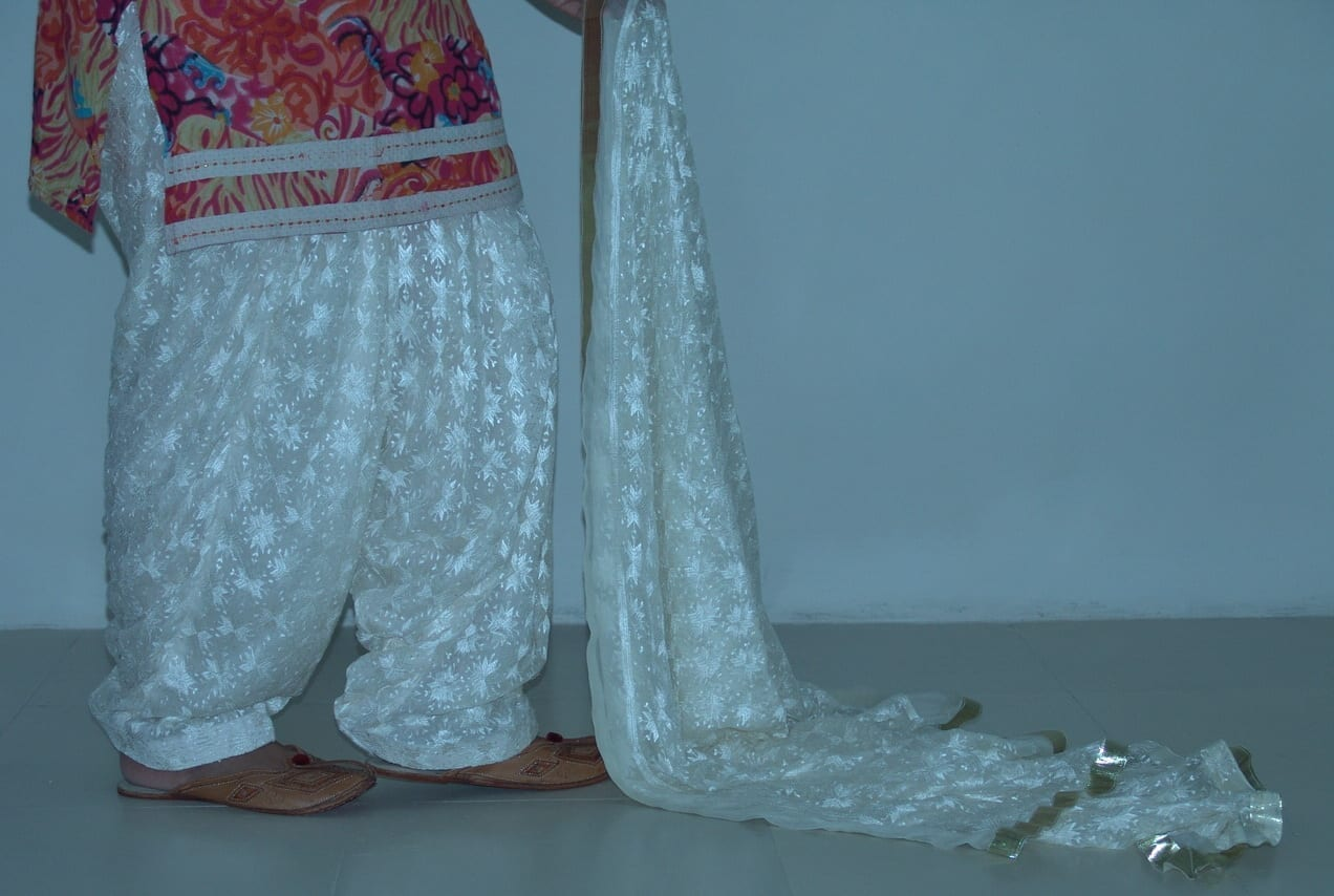 Cream Phulkari Patiala Salwar Dupatta PHS09 2