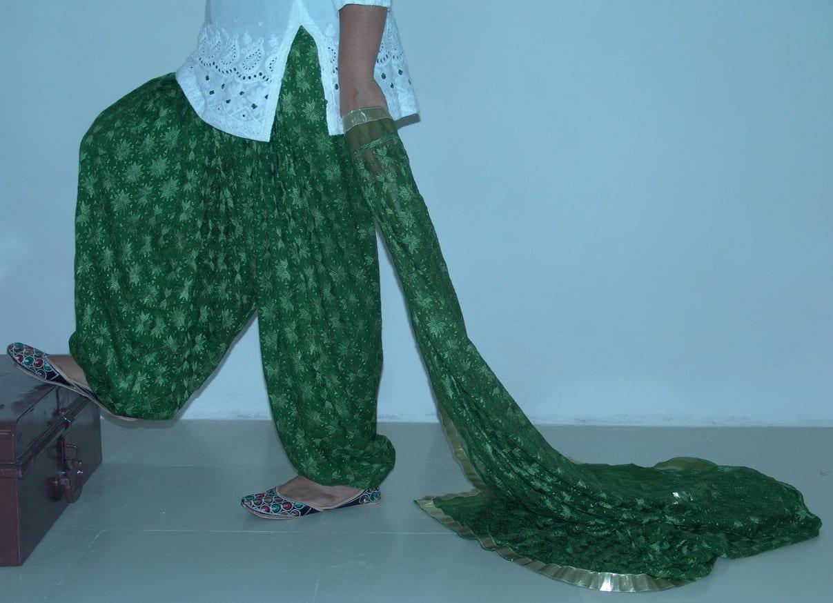 MEHENDI GREEN PHULKARI Patiala Salwar with matching Dupatta PHS11 1
