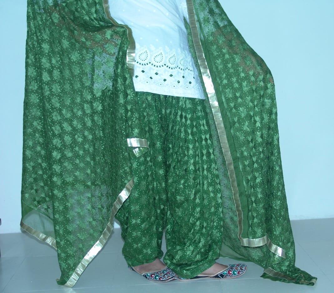 MEHENDI GREEN PHULKARI Patiala Salwar with matching Dupatta PHS11 3