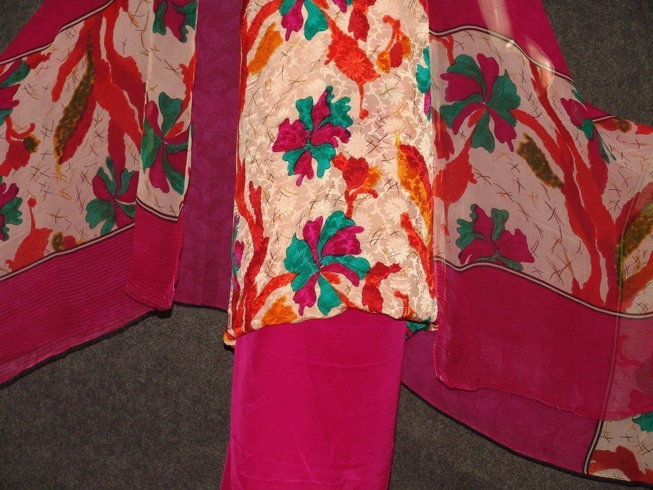 Pure Crepe Printed Suit with Pure Chiffon Dupatta Chunni  PS014 3