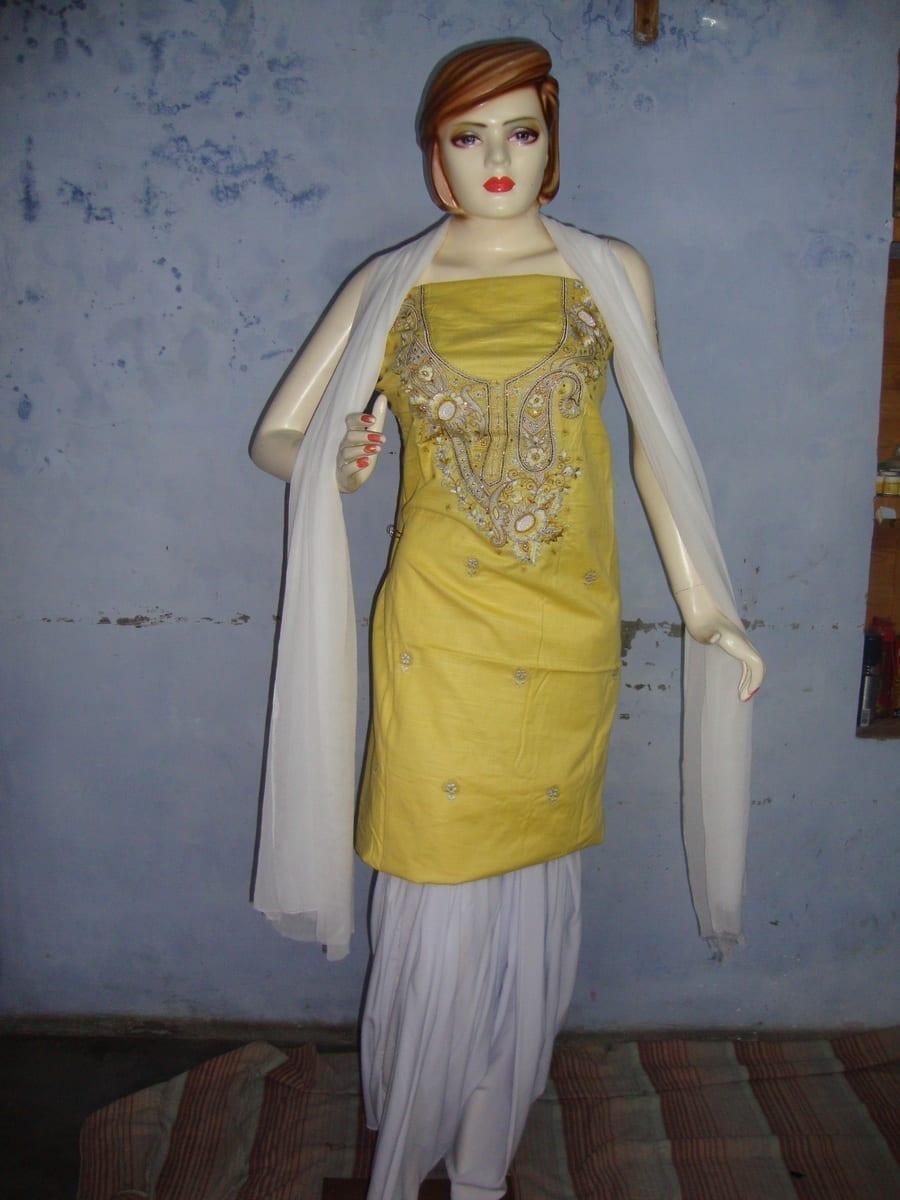 Yellow White Embroidered Patiala Salwar Kameez Suit chunni RM025 1