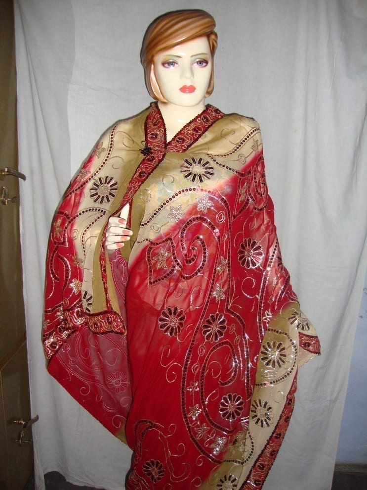 HEAVY EMBROIDERED Party Wear Georgette Saree !! 2