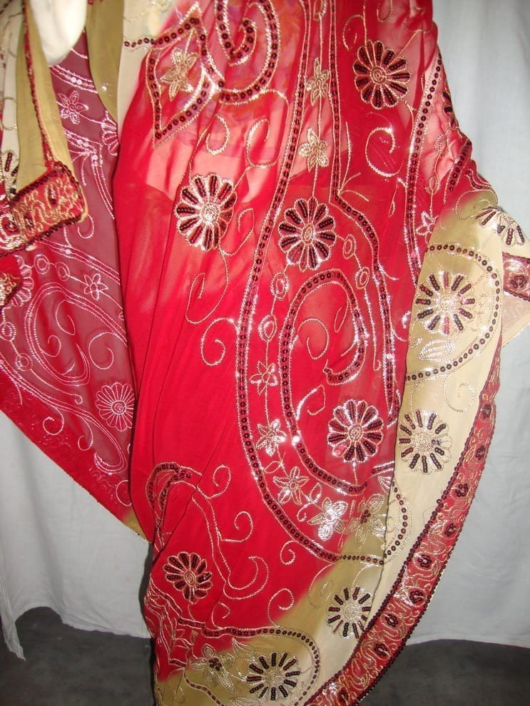 HEAVY EMBROIDERED Party Wear Georgette Saree !! 3