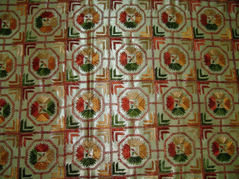 Golden Phulkari Bed Cover Set of 8 pcs Z0031 3