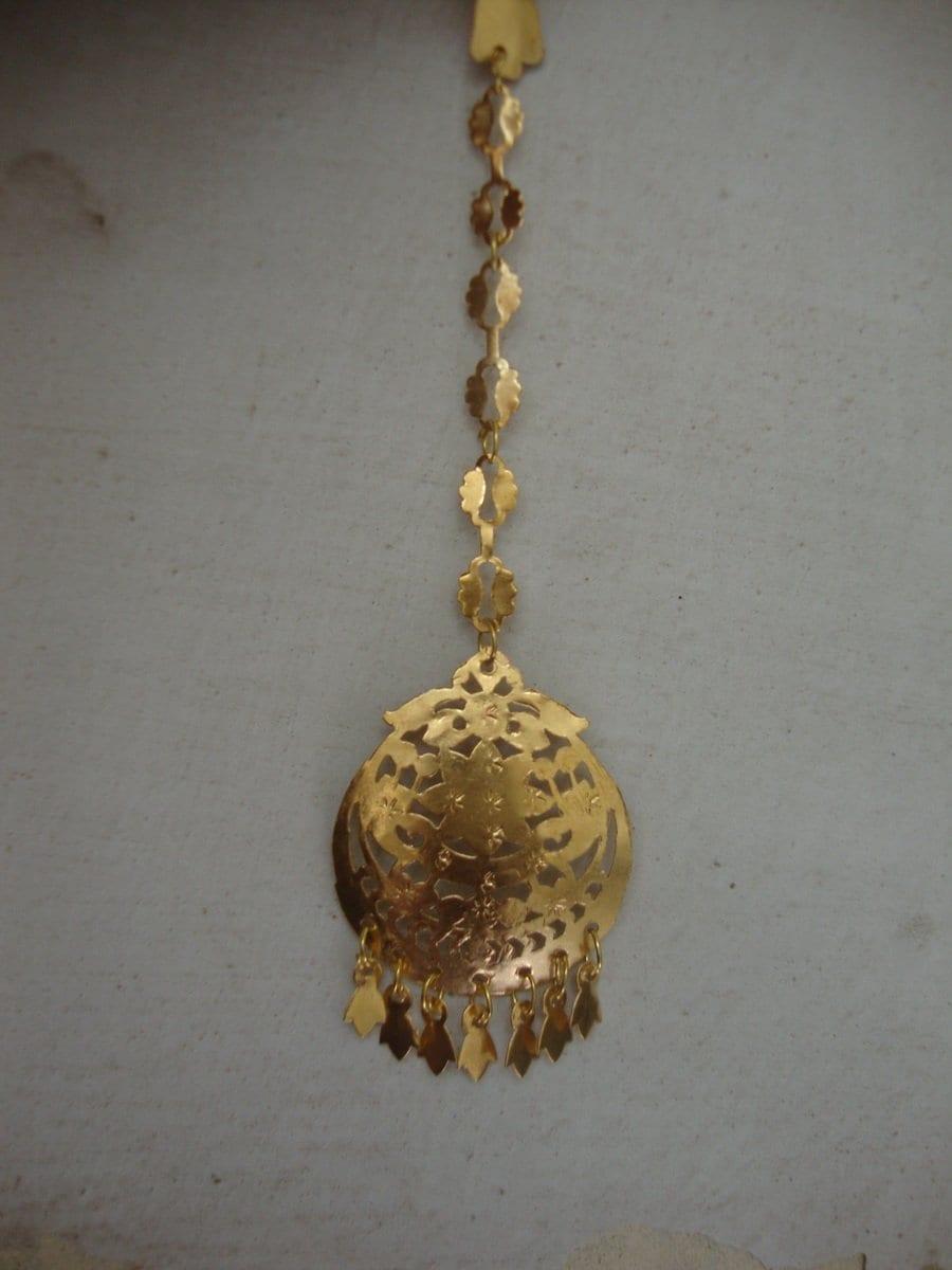 Golden Tikka Tika jewellery for giddha and bhangra 2