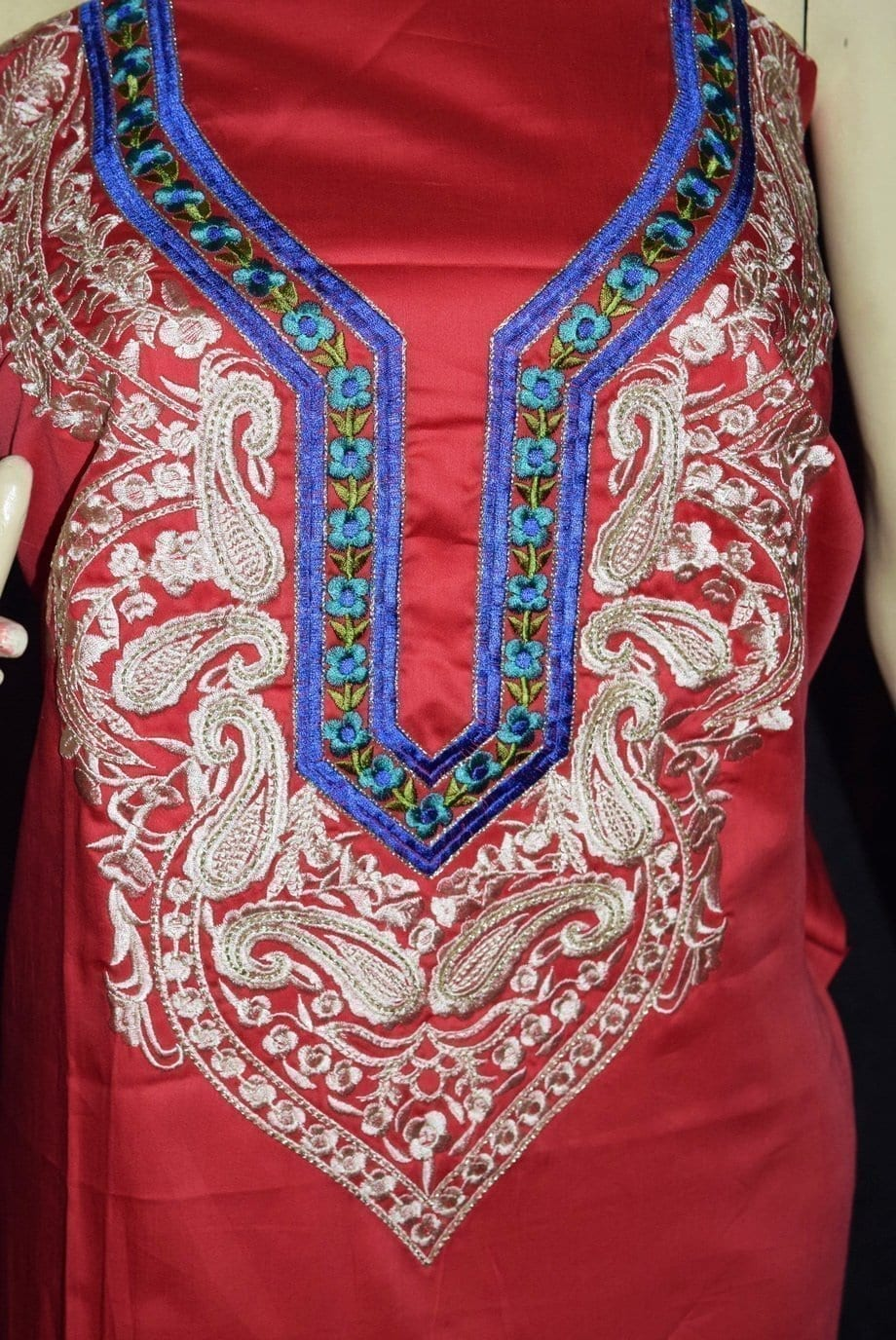 Pure Cotton Unstitched Embroidered Party Wear Kurti / kameez Fabric Cloth K0352 2