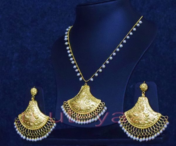 24 Ct. Gold Plated Traditional Punjabi Handmade jewellery Pendant Earrings set J0250