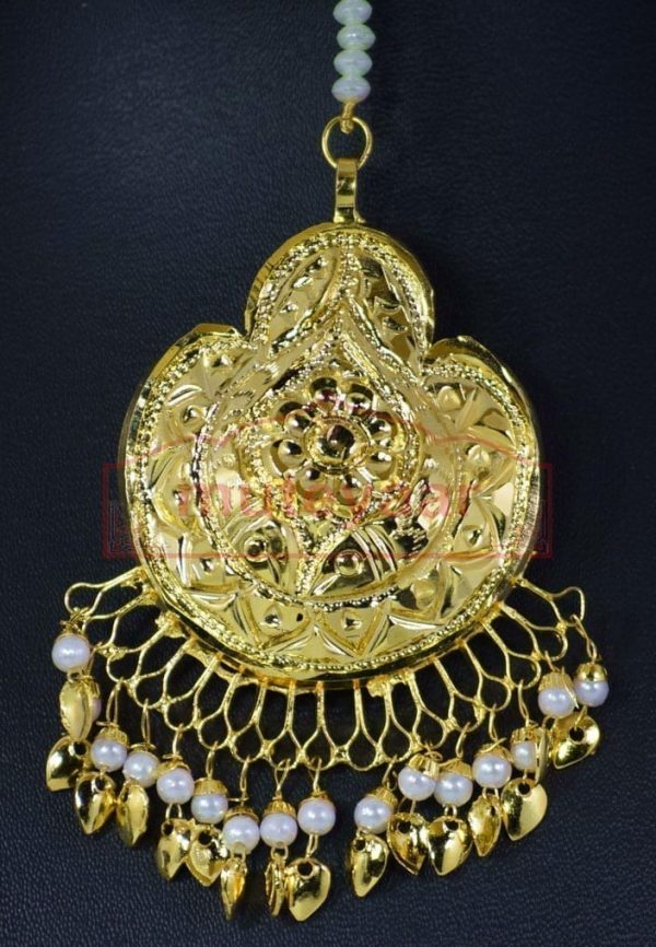 White Beads Gold Polish Thappa Traditional Punjabi Jewellery Earrings Tikka set J0284