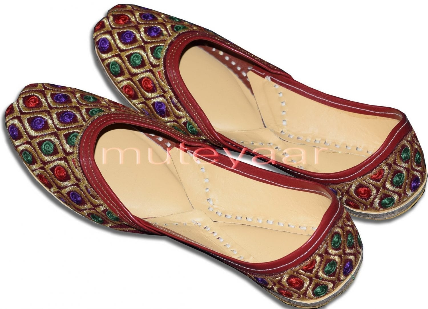 Traditional Embroidered hand made Punjabi Jutti Bridal Shoes PJ9749 1
