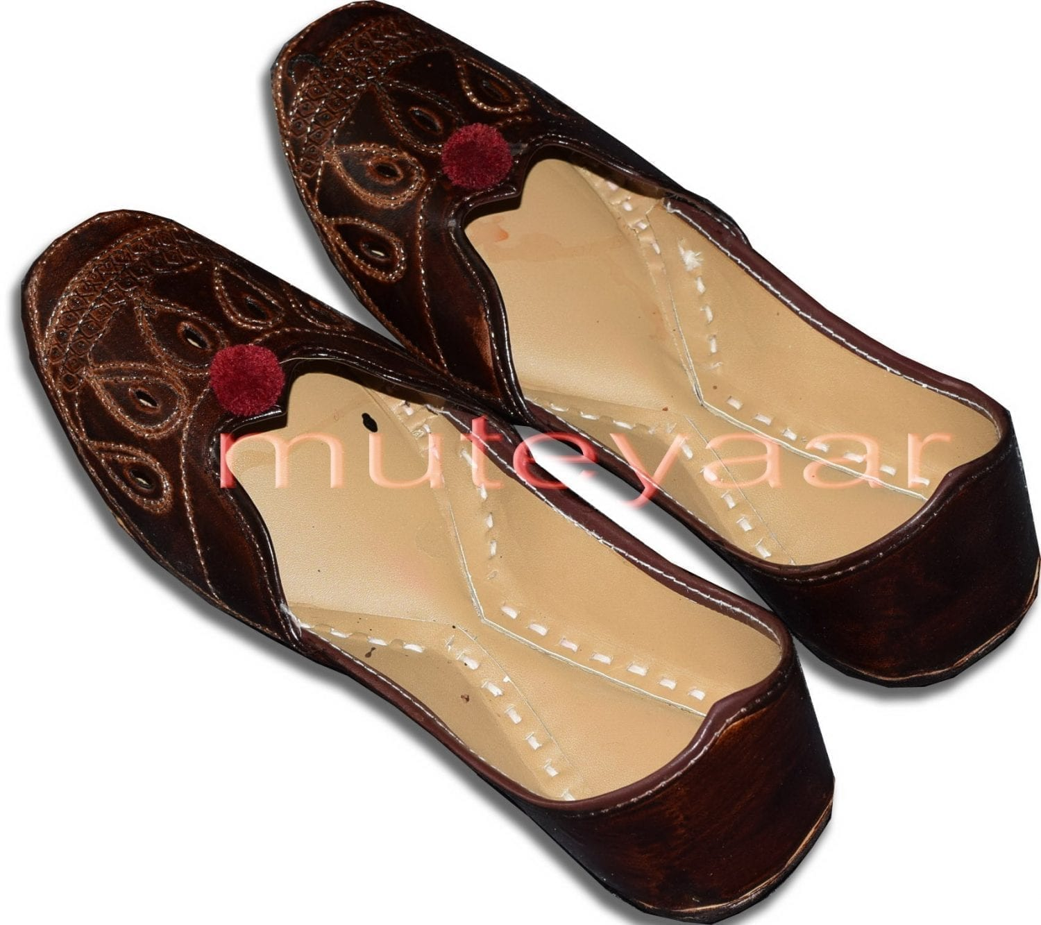 Traditional Embroidered hand made Punjabi Jutti Bridal Shoes PJ9752 1