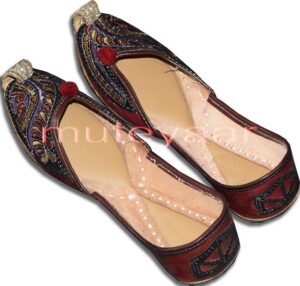 Ethnic Embroidered hand made Punjabi Jutti Bridal Shoes PJ9754