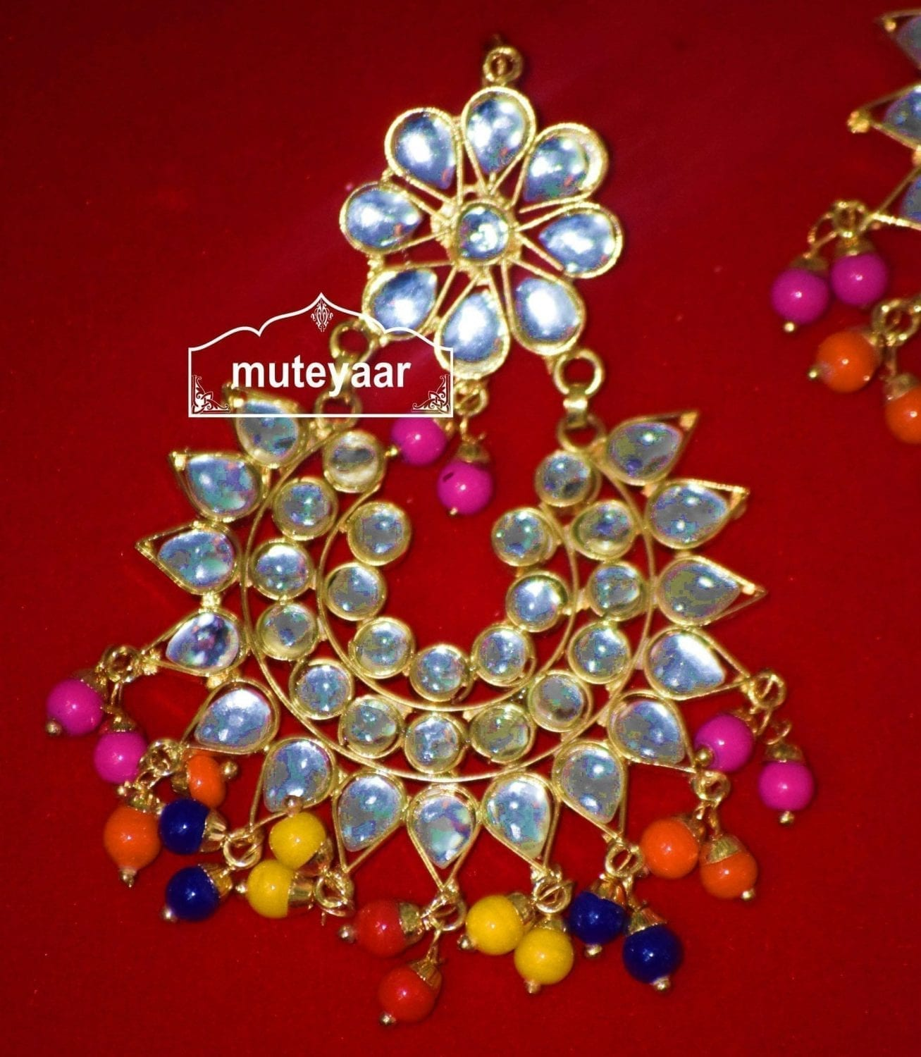 Kundan Work Multicolour Traditional Punjabi Jewellery Earrings Tikka set J0150 3