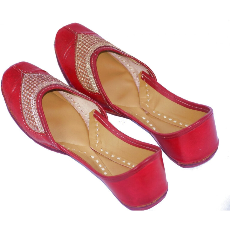 Traditional Embroidered Hand Made Leather Punjabi Jutti Bridal Shoes PJ9763