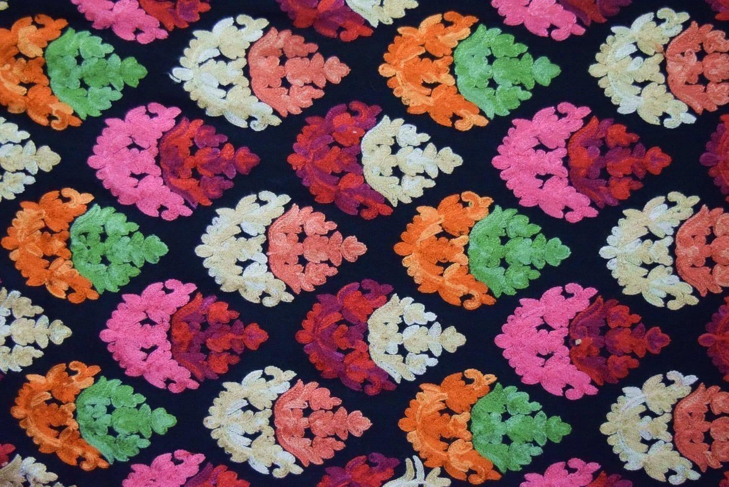Black Kashmiri Stole Heavy Embroidery Work pure wool Pashmina wrap C0670 2