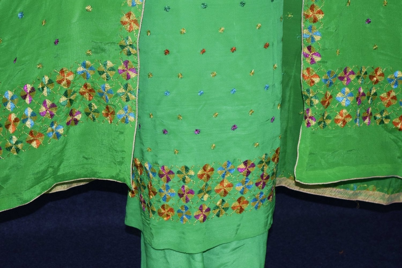 Parrot PURE CREPE Hand  PHULKARI Salwar Kameez Suit CHINON DUPATTA F0715 3