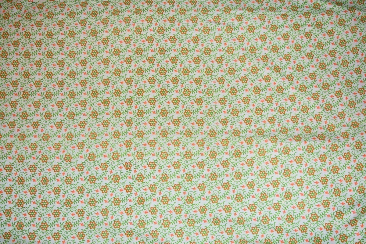Small Flowers on White COTTON PRINTED FABRIC PC314 2