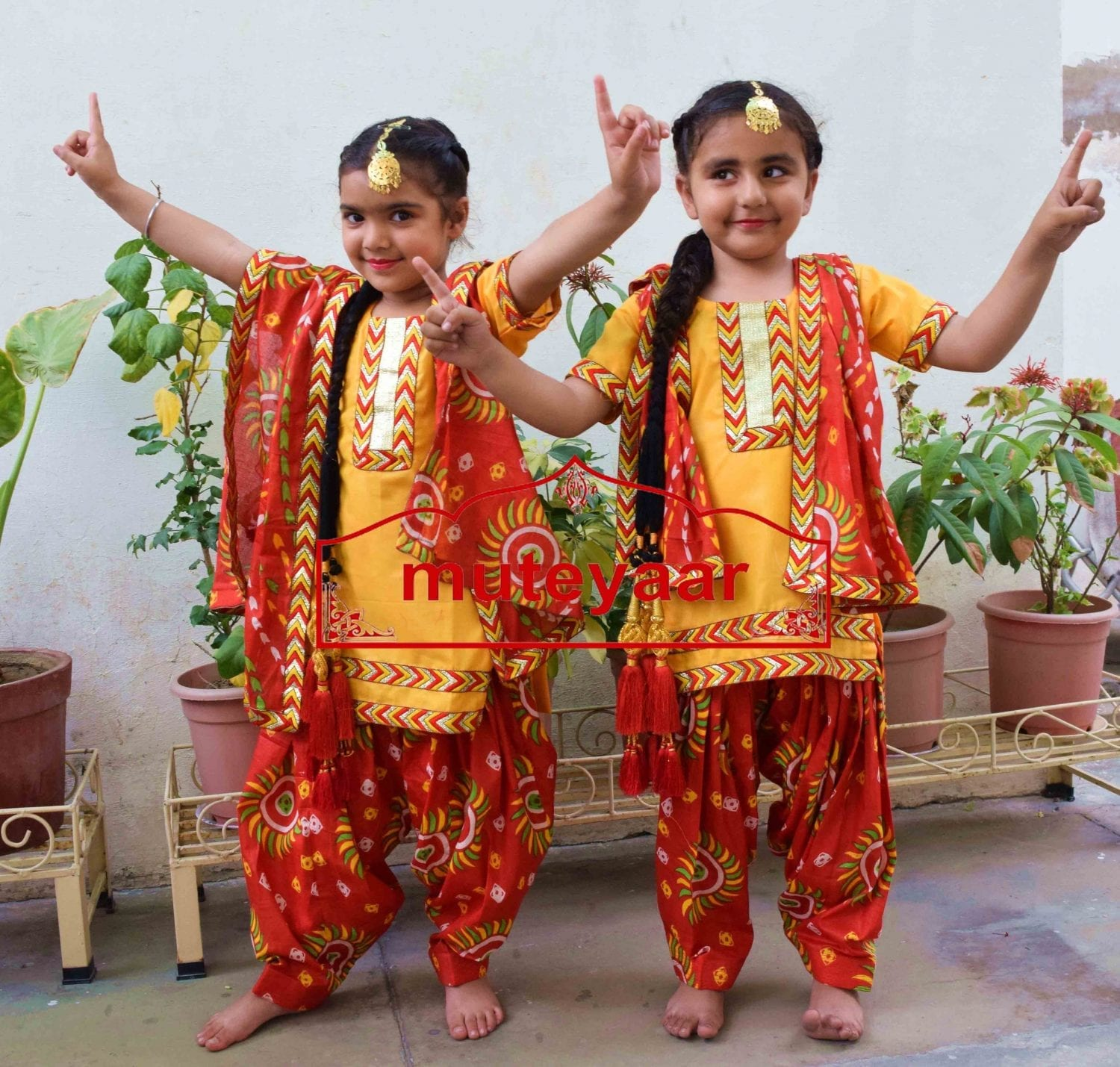 Kids Bhangra Costume outfit dance dress with Accesories - Custom made 2