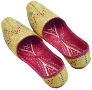 SUCHA TILLA Golden Punjabi Jutti Hand Made Traditional Khussa PJ801