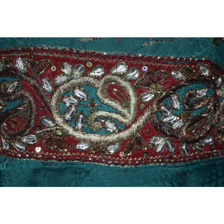 BRIDAL Heavy Embroidered party wear Punjabi Suit F0544