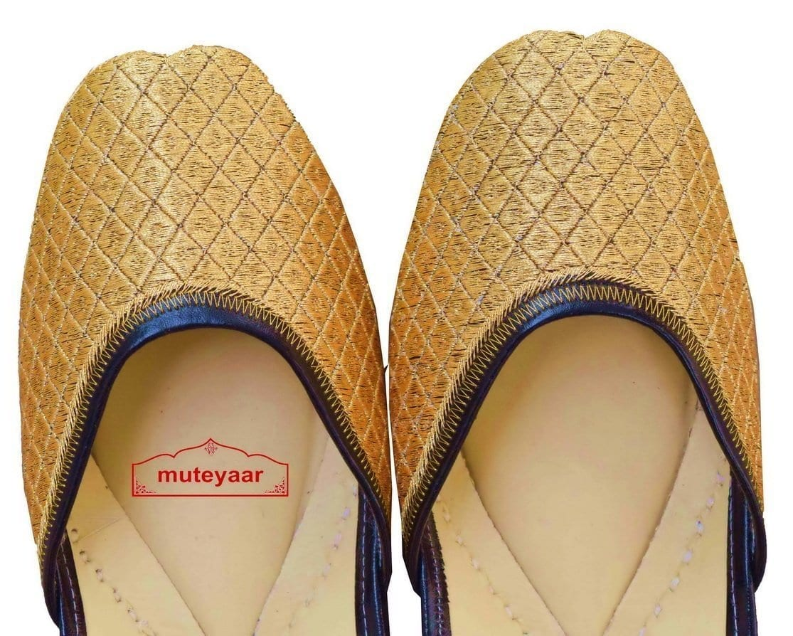 Hand Made Golden Embroidered Leather Punjabi Jutti for women PJ9813 2