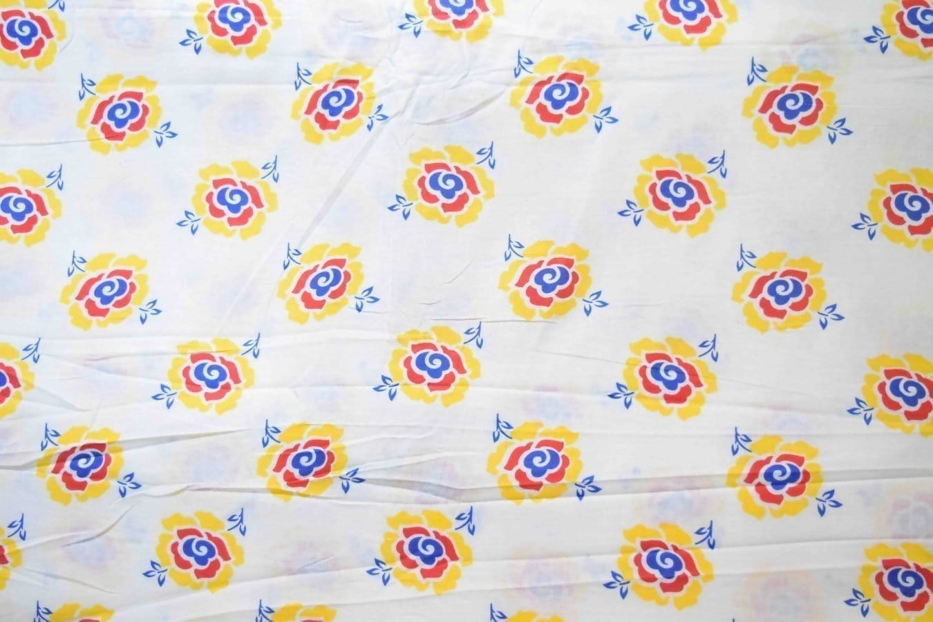 White multi floral COTTON PRINTED FABRIC for Multipurpose use PC368 1