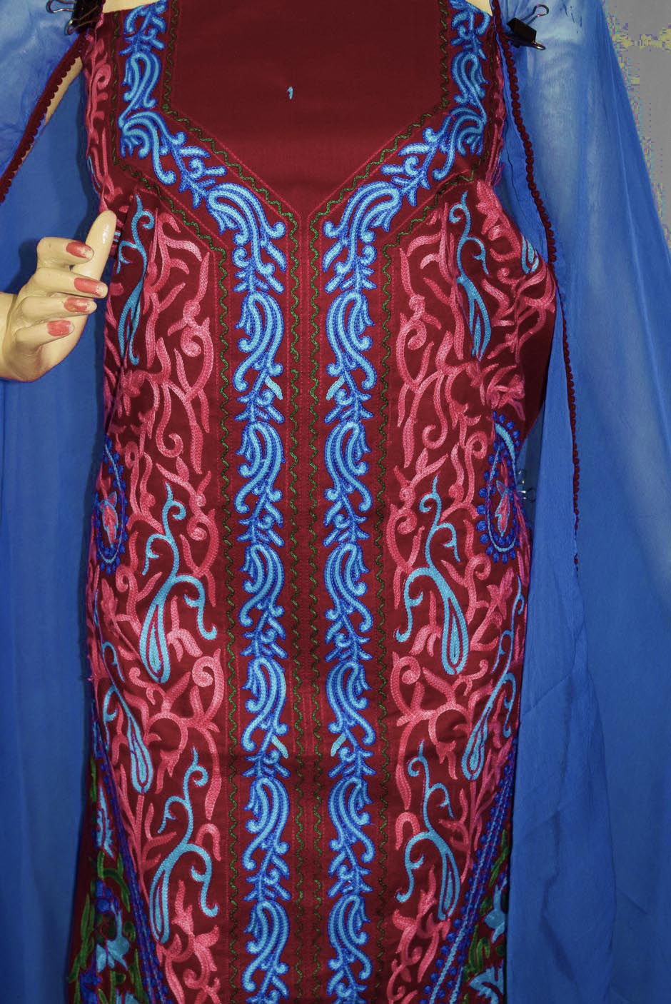 Kashmiri Embroidery Cotton Salwar Suit Fabric with matching chiffon dupatta C0640 2