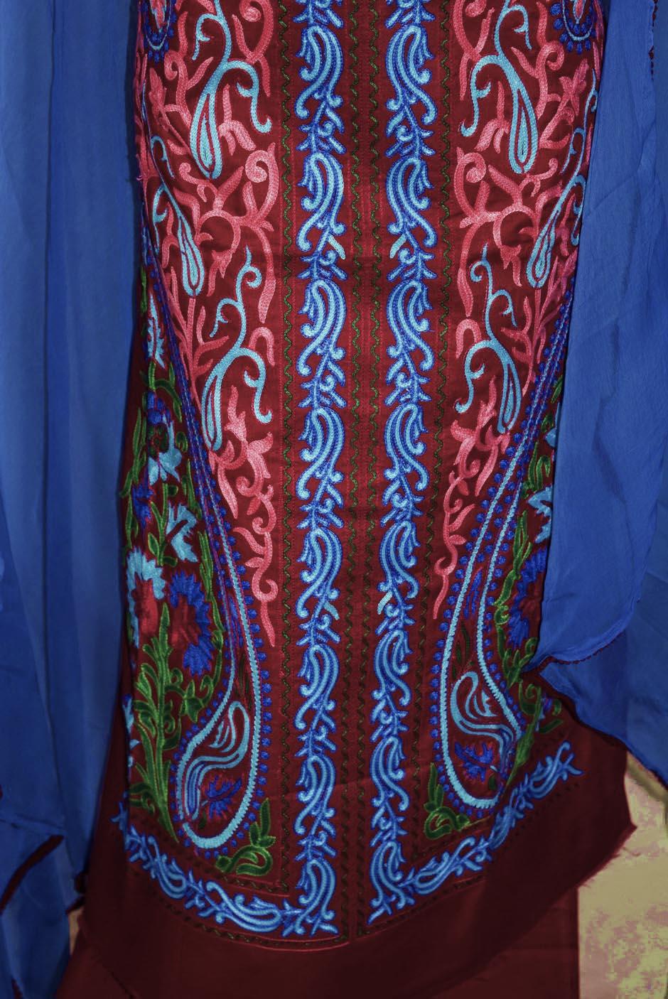 Kashmiri Embroidery Cotton Salwar Suit Fabric with matching chiffon dupatta C0640 3