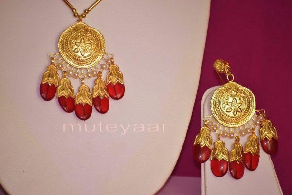 24 Ct. Gold Plated Traditional Punjabi Dakh Set jewellery with Tikka  J0210