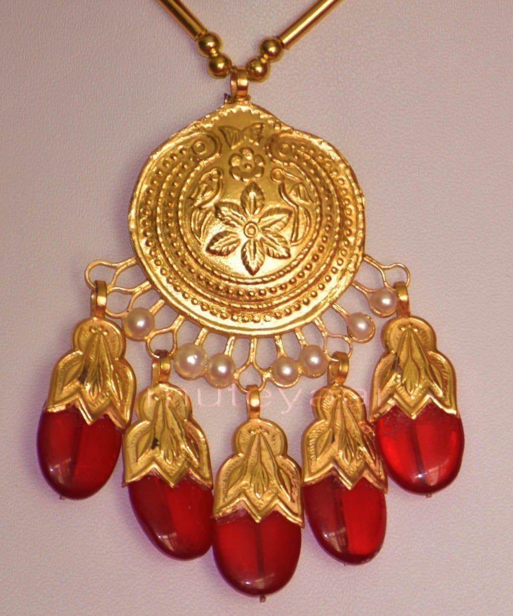 24 Ct. Gold Plated Traditional Punjabi Dakh Set jewellery with Tikka  J0210 4
