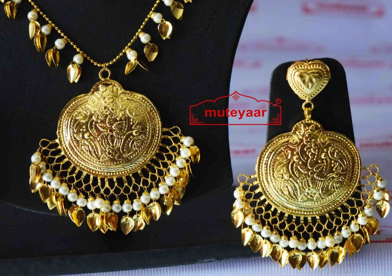 Handmade Punjabi Traditional Gold Plated Pendant Earrings with matching Tikka J0411 2