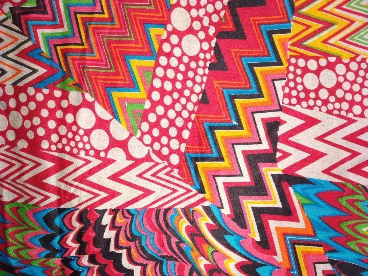 Red Printed Glazed Cotton Fabric for Multipurpose use GC009 1