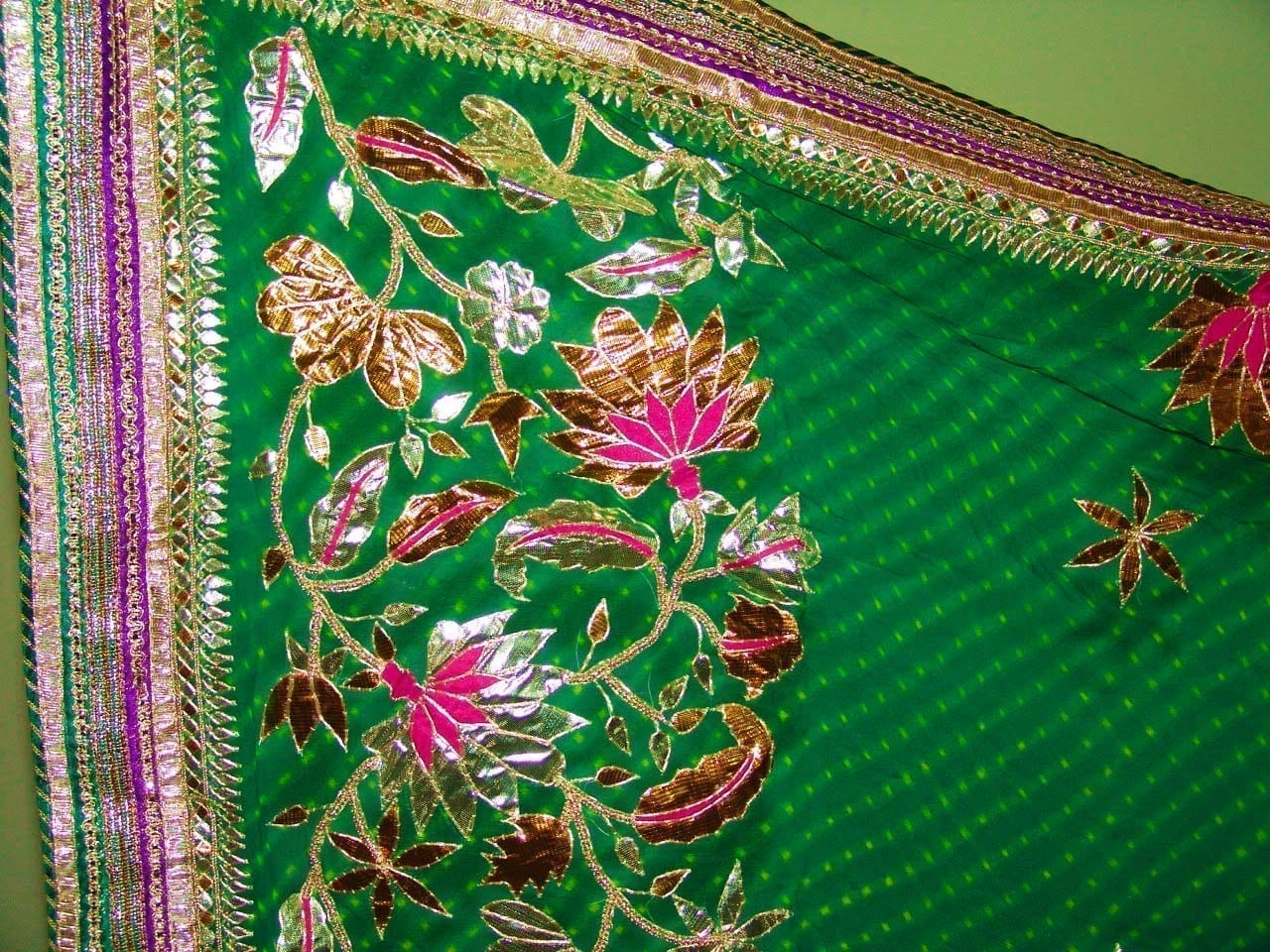 FULL PATIALA PURE Brochier Hand Emb PUNJABI BRIDAL Suit CHINON Chunni H0165 2