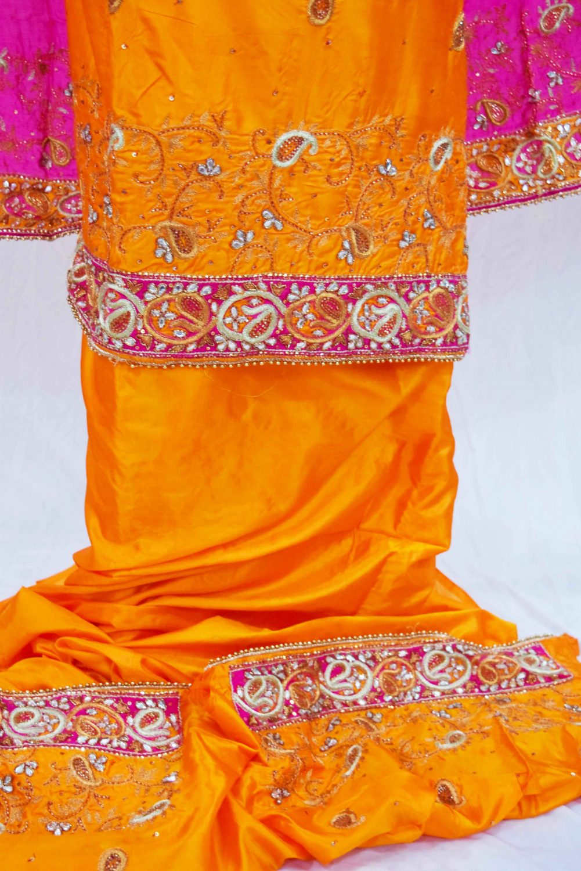 Hand Embroidered Pure Silk Punjabi Bridal Salwar Kameez Suit H0195 5