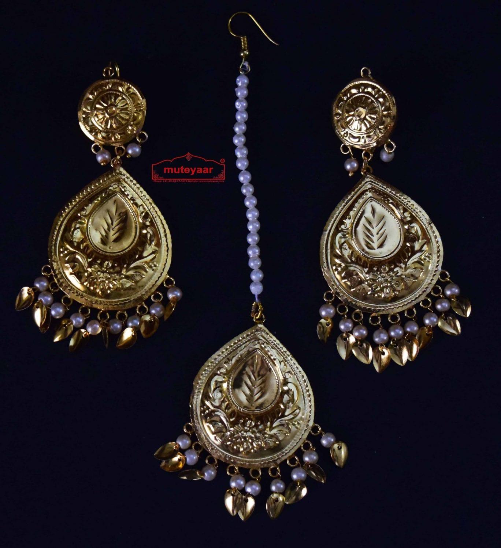 Gold Polished Punjabi Earrings Tikka set with white moti beads J0458 1