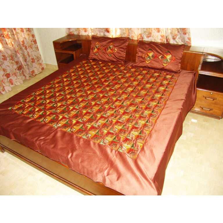 Glazed cotton Jaal Phulkari Hand Embroid Bed Cover set Z0034